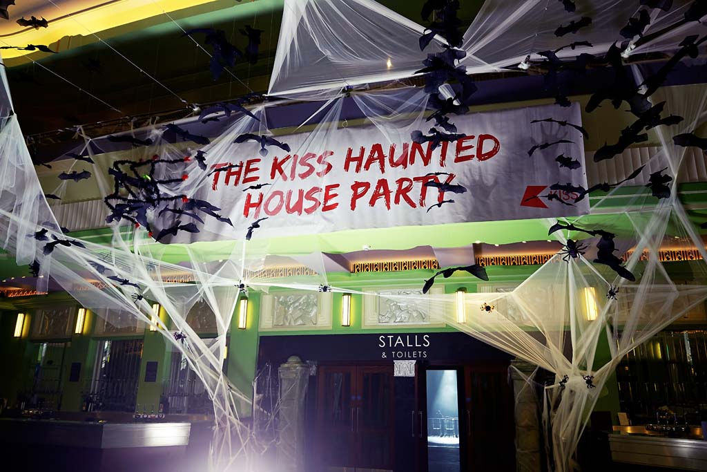 Kiss Haunted House Party – EMO